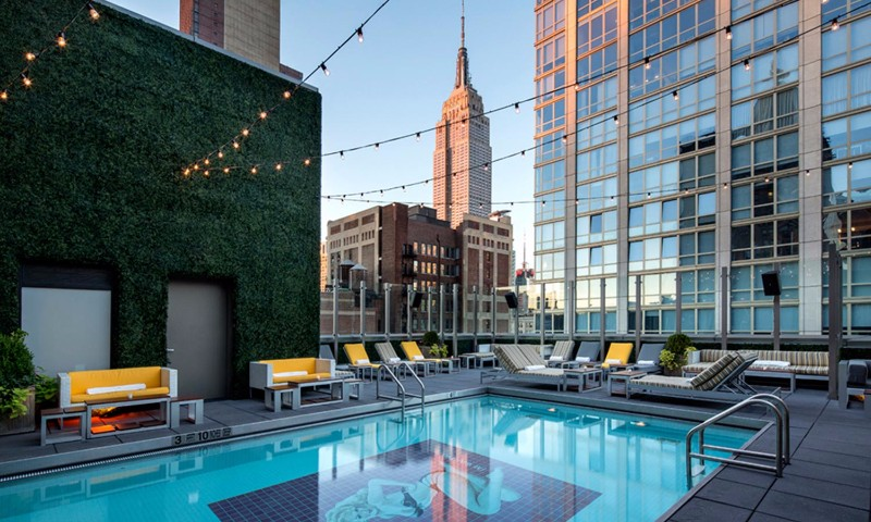 Park-Rooftop-Pool