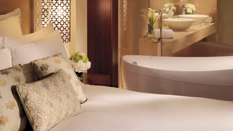 ritz-carlton_dubai_uae_travel_hotels