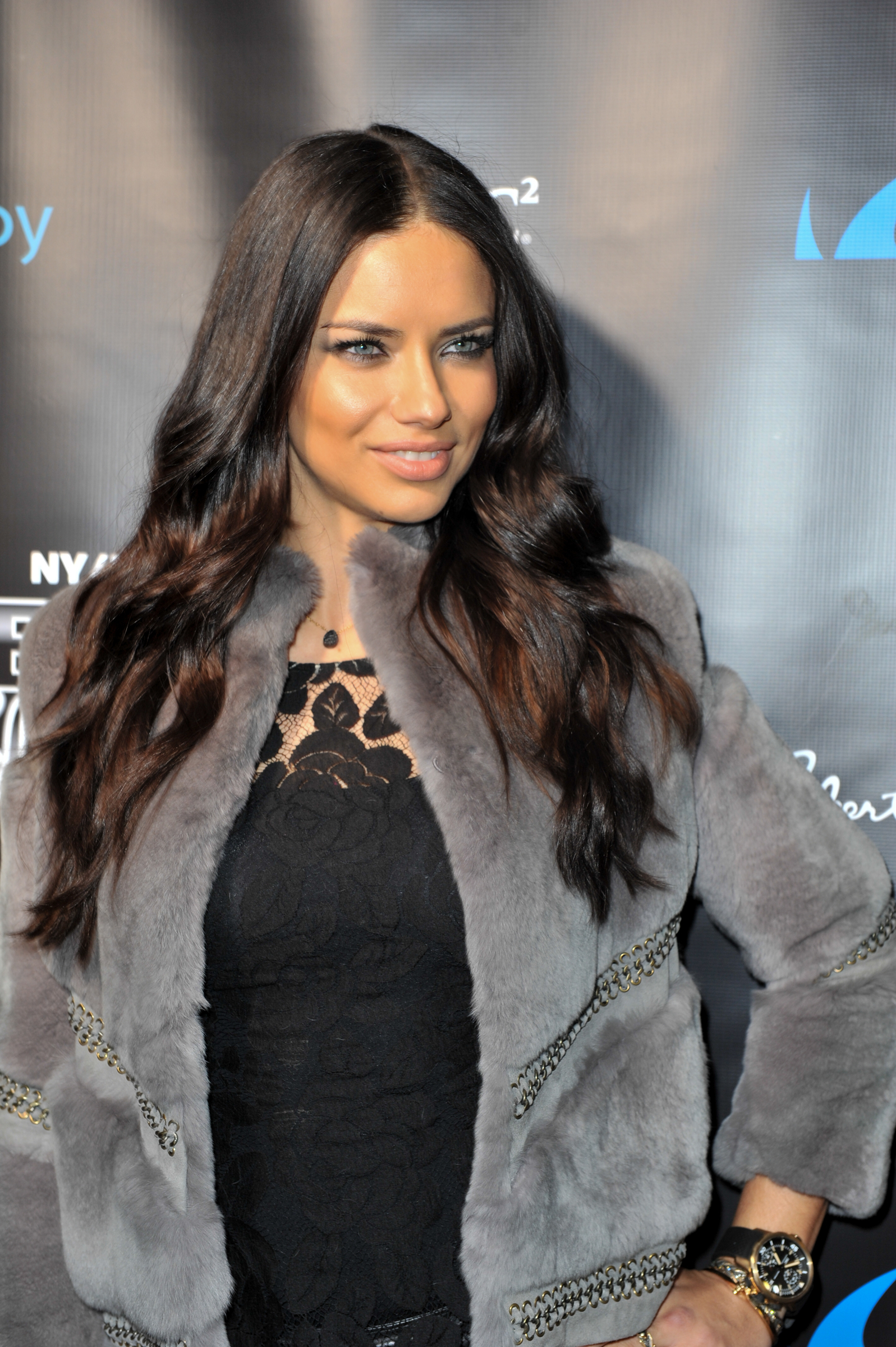 Adriana lima hairstyles 2014 - Super Bowl 2014 After Party 20