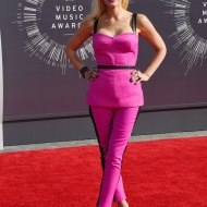 social magazine-vmas-mtv-awards 2014 (2)